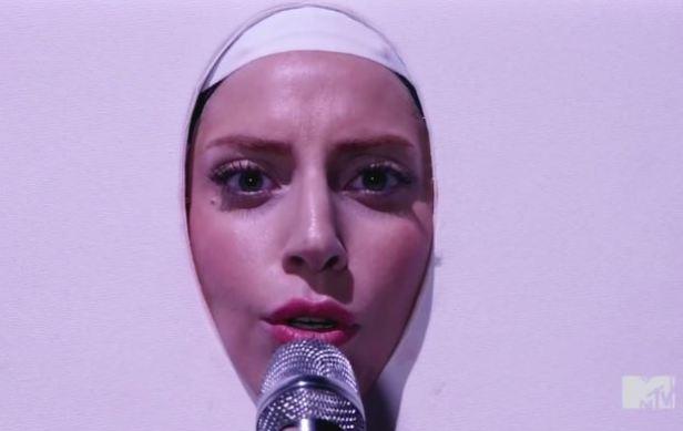 Lady-Gaga-VMAs