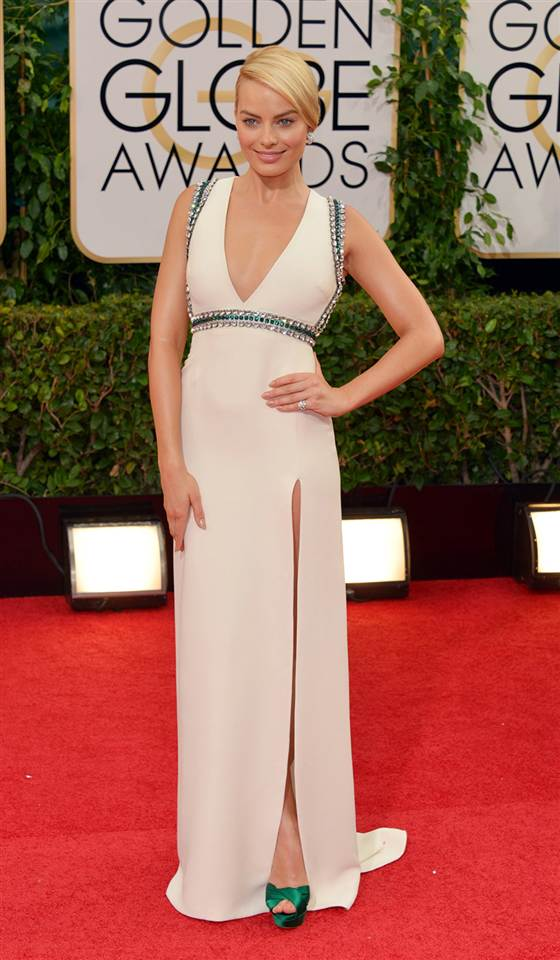 2D11242542-today-best-dressed-margot-robbie-140112.blocks_desktop_medium