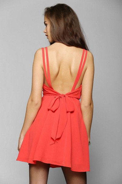 urban-outfitters-red-pins-and-needles-crepe-surplice-dress-product-1-16490792-3-037523561-normal_large_flex