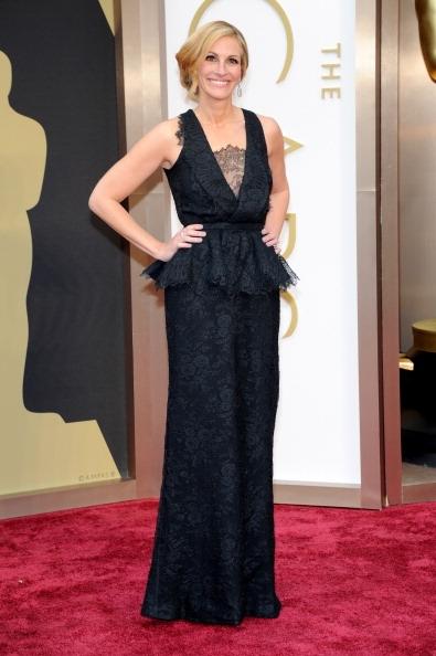 Julia-Roberts-Wearing-Givenchy-2014-Oscars1