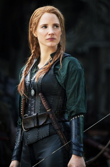 a-sneak-peek-at-the-gorgeous-costumes-in-the-huntsman-winters-war-1740031-1461183847.640x0c